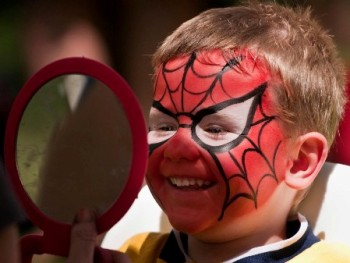 face_painting_spiderman.jpg